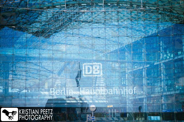 Giant Glass-Front of the Berlin Central Station - Copyright by Kristian Peetz