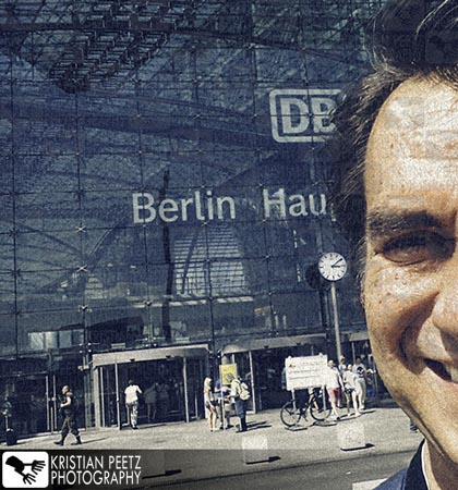 Me arriving at the Berlin Central Station - Copyright by Kristian Peetz