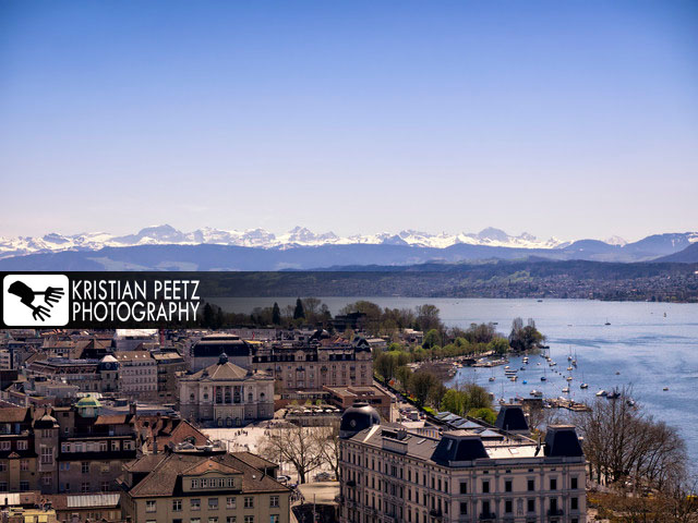 View fo the the Opera House, Lake Zurich and the alps - copyright: Kristian Peetz