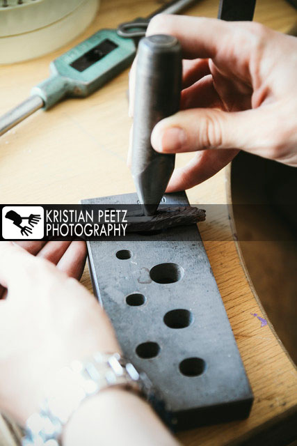 "Goldsmith working on wedding rings ""Mokume Gane""-Style - Copyright: Kristian Peetz"