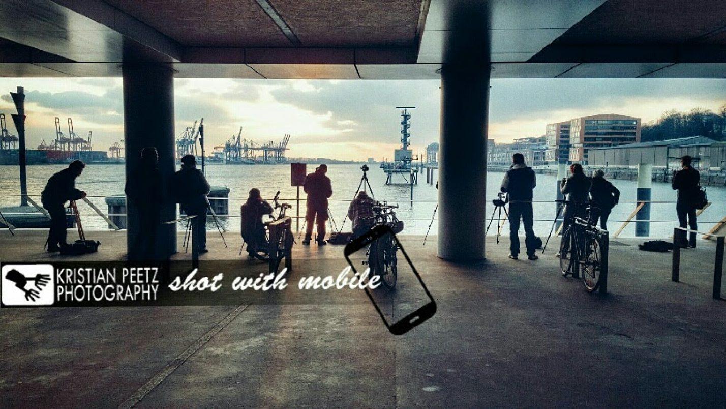 Photographer photographing photographers